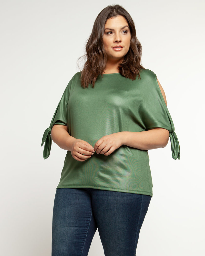 Dex Plus Dex Plus 'Keeping Cool' Cold Shoulder Top **FINAL SALE**