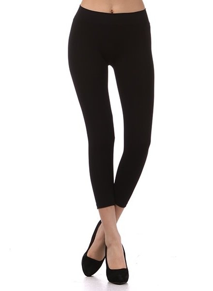 M. Rena Black Cropped High Waisted Leggings