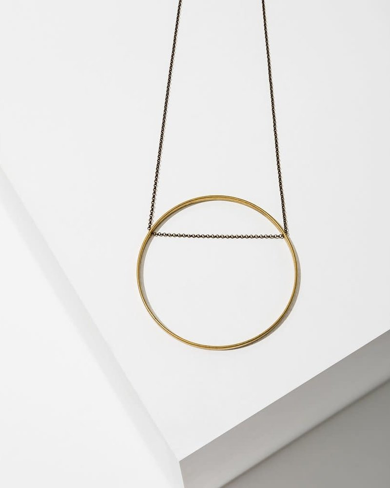 Larissa Loden Larissa Loden Large Brass 'Horizon' Circle Necklace