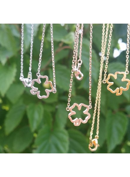 Must Have Clover Cutout Dainty Necklace (3 Colors)