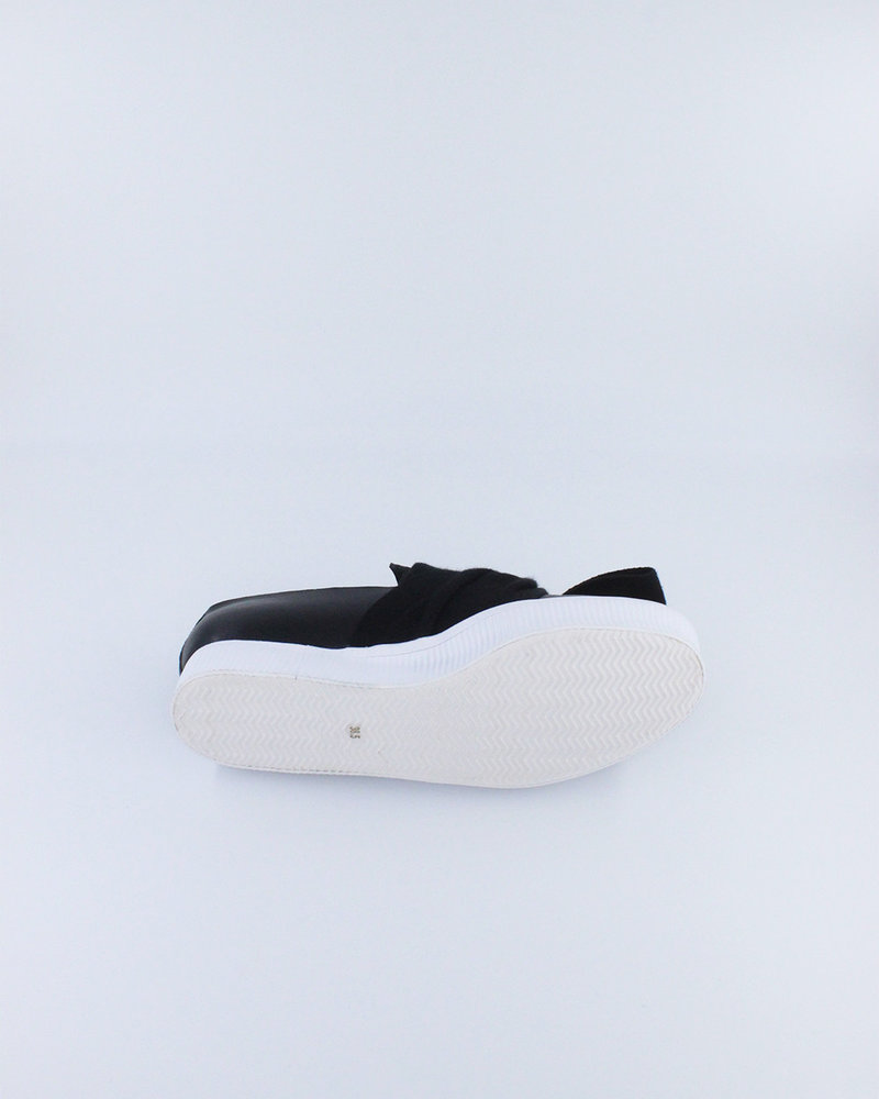 All Black All Black Bowtie Sneaker