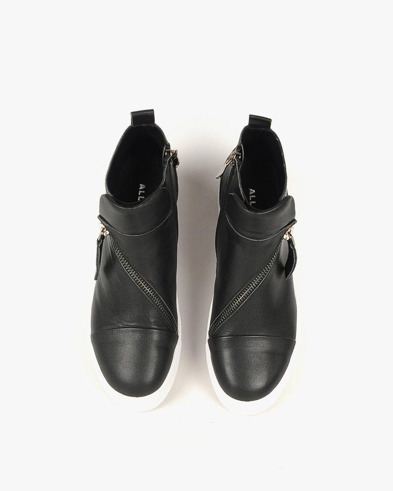 All Black All Black Hi-Top & Zip Sneaker