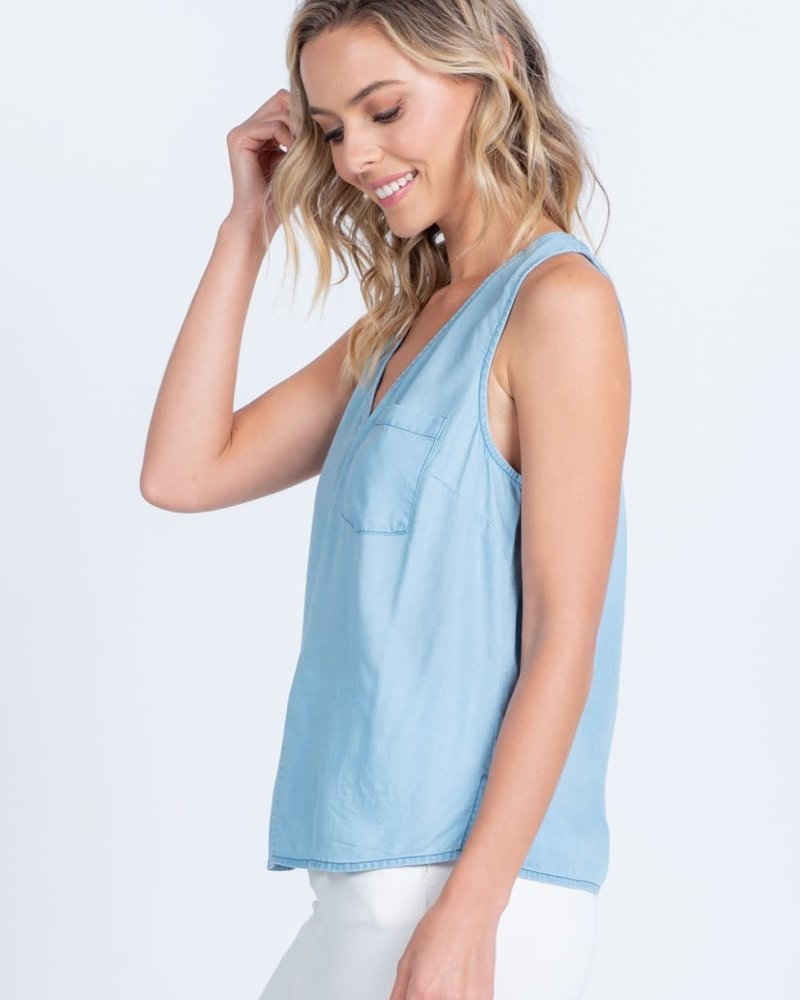 Everly Everly 'Barely There' Sleeveless Chambray Top