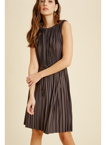 Wishlist 'Pleat Or Be Pleated' Sleeveless Dress