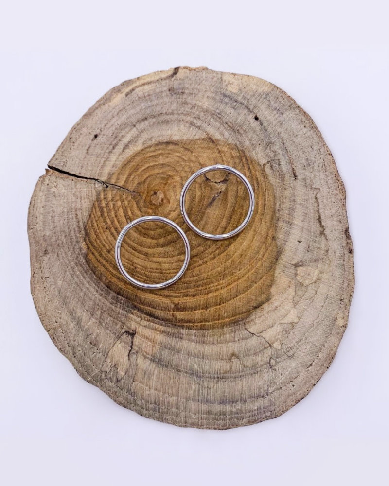 Must Have Must Have Shiny Open Circle Earrings - Medium
