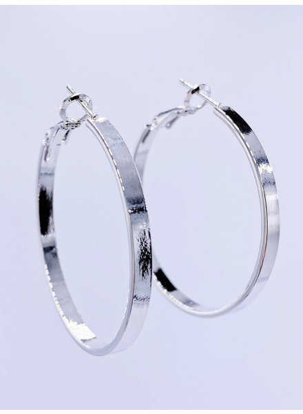 Must Have Solid Flat Hoop Earrings - Medium (2 Colors)