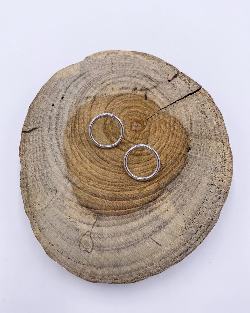 Must Have Must Have Shiny Open Circle Earrings - Small