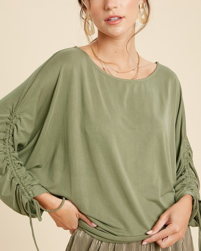 Wishlist Wishlist Olive 'Ruched & Ready' Dolman Sleeve Top