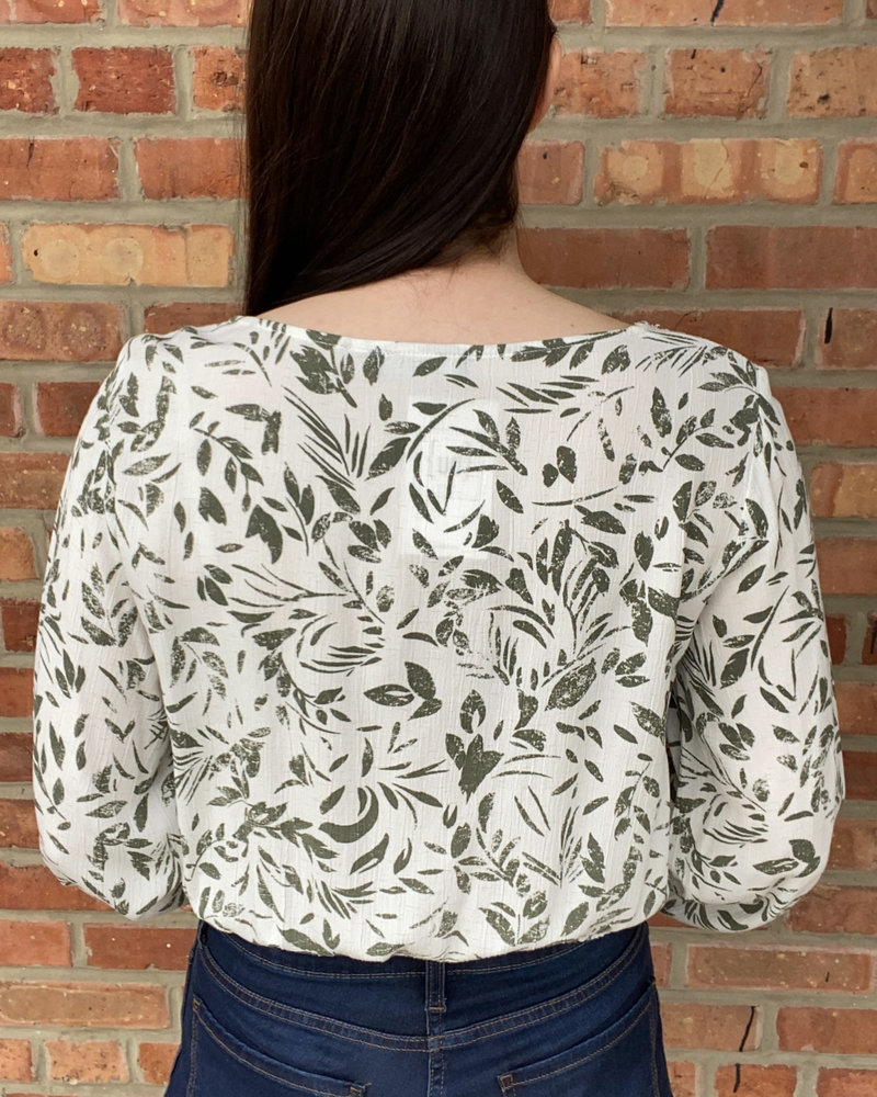 KLD Signature KLD Signature 'Leaf It Be' Cropped Top
