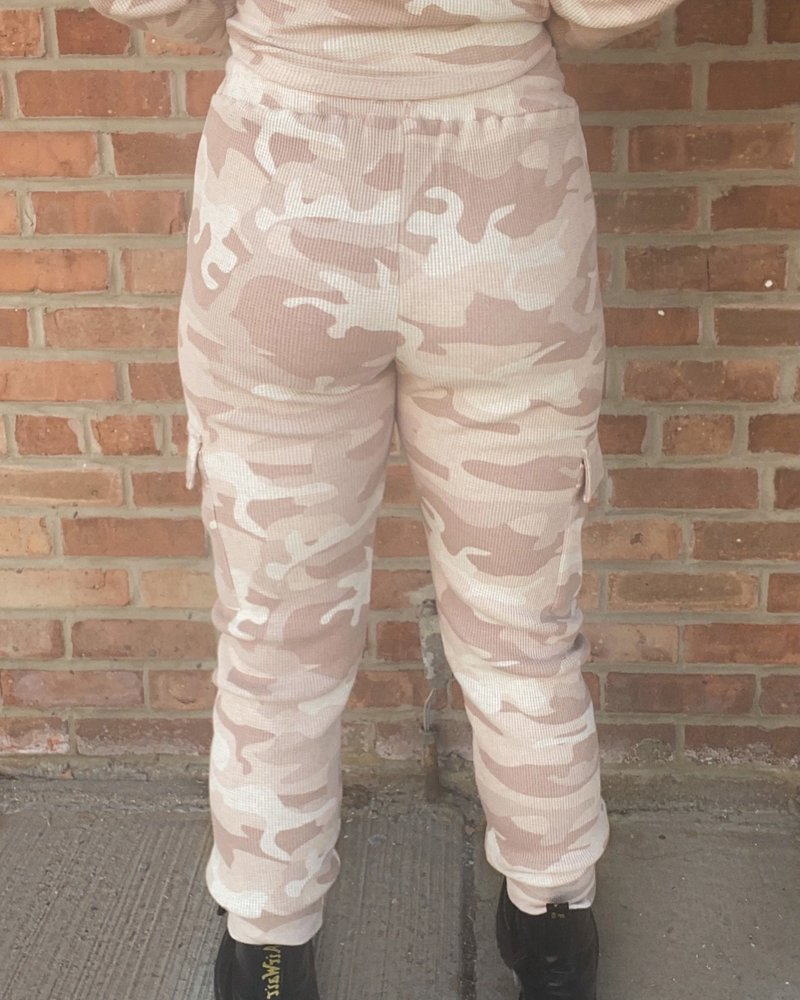 RD Style RD Style 'Giving You Roses' Jogger **FINAL SALE**