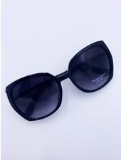 Belle Up 'Eye Spy' Sunglasses