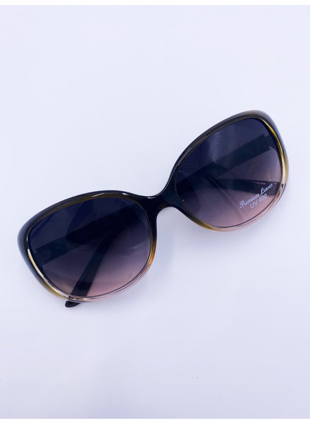 Belle Up 'Bettye O' Sunglasses (More Colors)