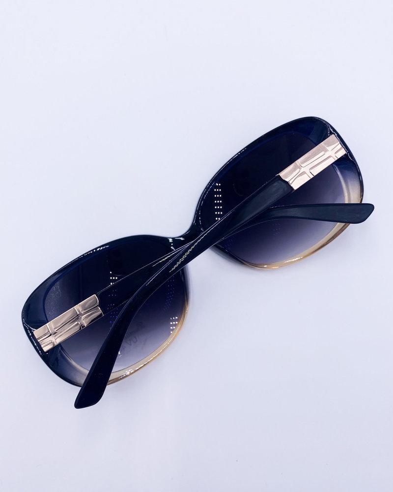 Belle Up 'Bettye O' Sunglasses