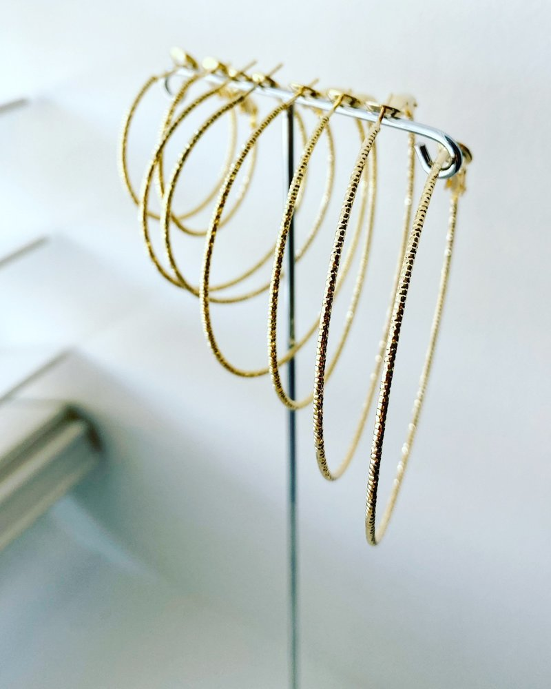 """Must Have Must Have Row Diamond Cut Hoops - 1 -1/2"""""""