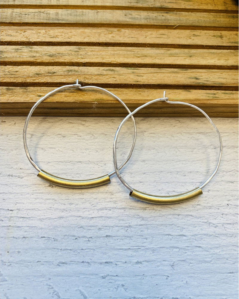 Lauren Lane Lauren Lane 'Lindsay' Two-Tone Wire Hoop Earrings