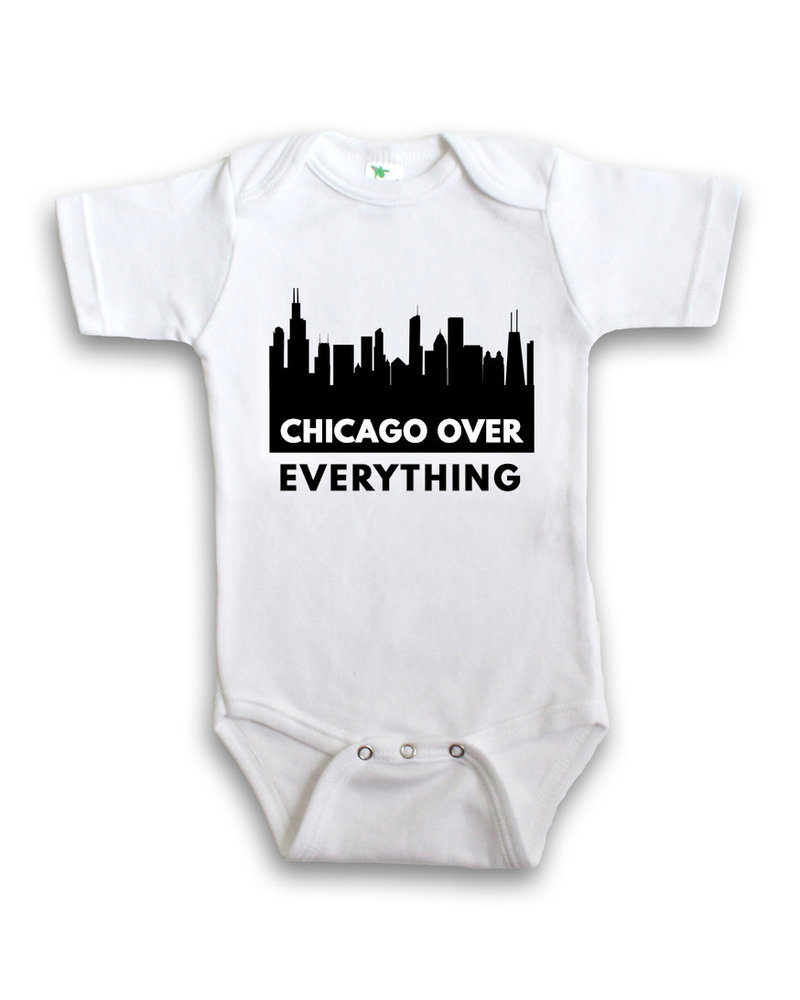 Anne Cate Anne Cate Black Skyline 'Chicago Over Everything' Onesie