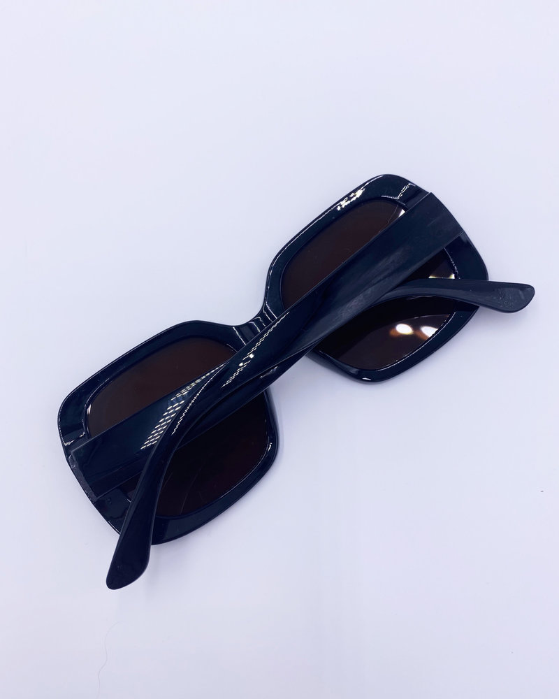 Belle Up 'So Dramatical' Sunglasses