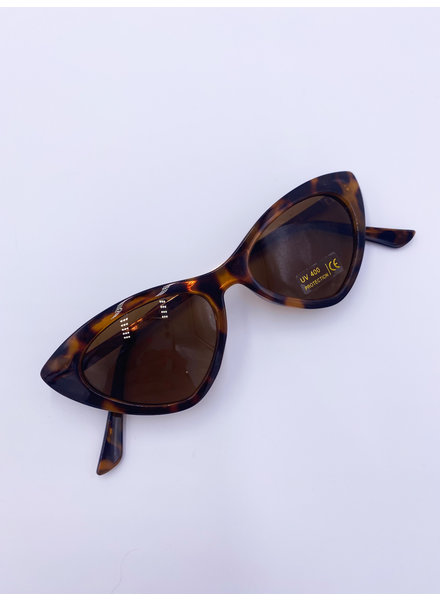 Belle Up 'Eye Chase the Cat' Sunglasses (More Colors)