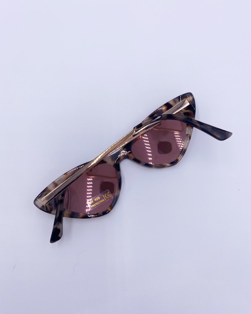 Belle Up 'Eye Chase the Cat' Sunglasses