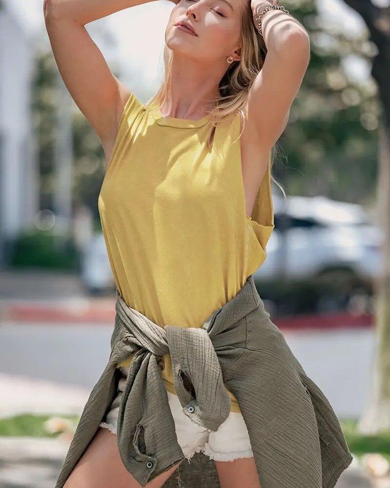 Urban Daizy Urban Daizy 'Vintage Victoria' Sleeveless Top ***FINAL SALE***