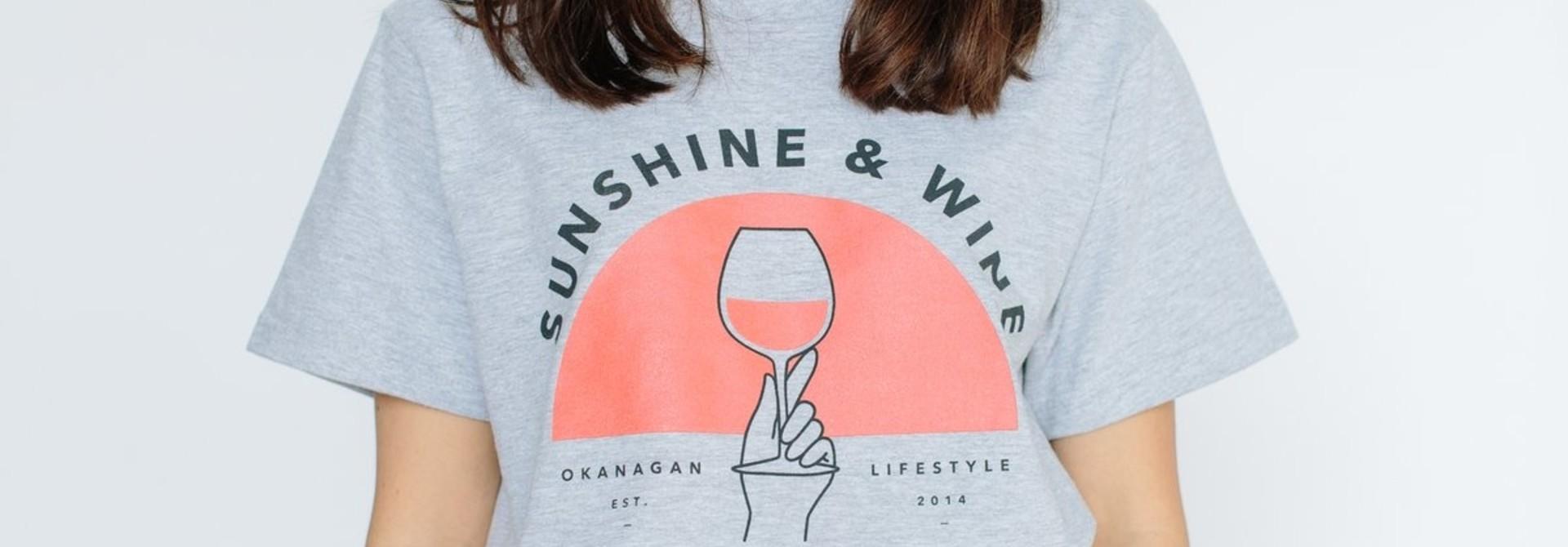 SUNSHINE AND WINE VINTAGE TEE