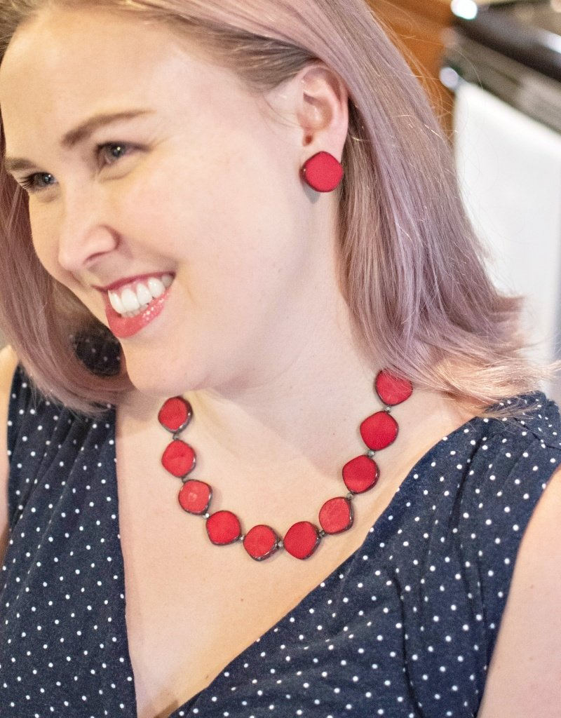 STEFANIE WOLF DESIGNS RED FULL CIRCLE GLASS NECKLACE