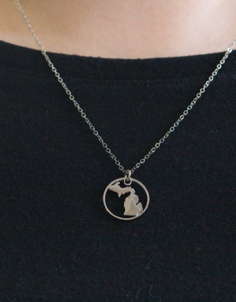 BE INSPIRED MICHIGAN CIRCLE PENDANT NECKLACE