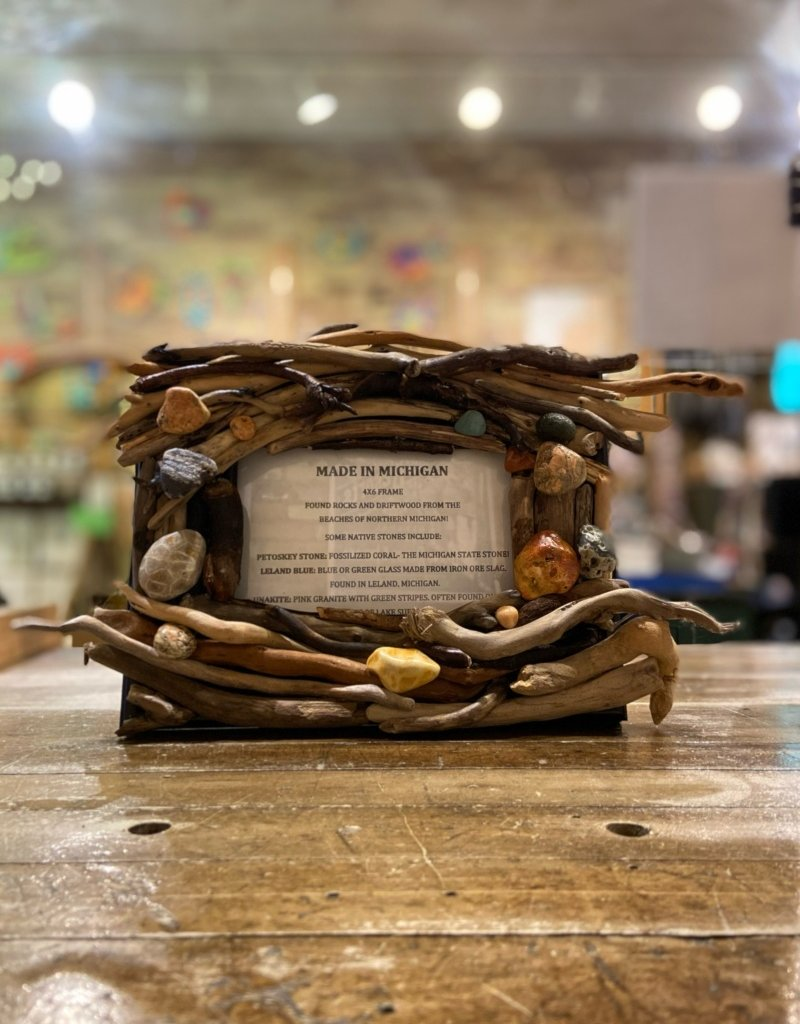 DRIFTWOOD & MICHIGAN STONE FRAME- 2A