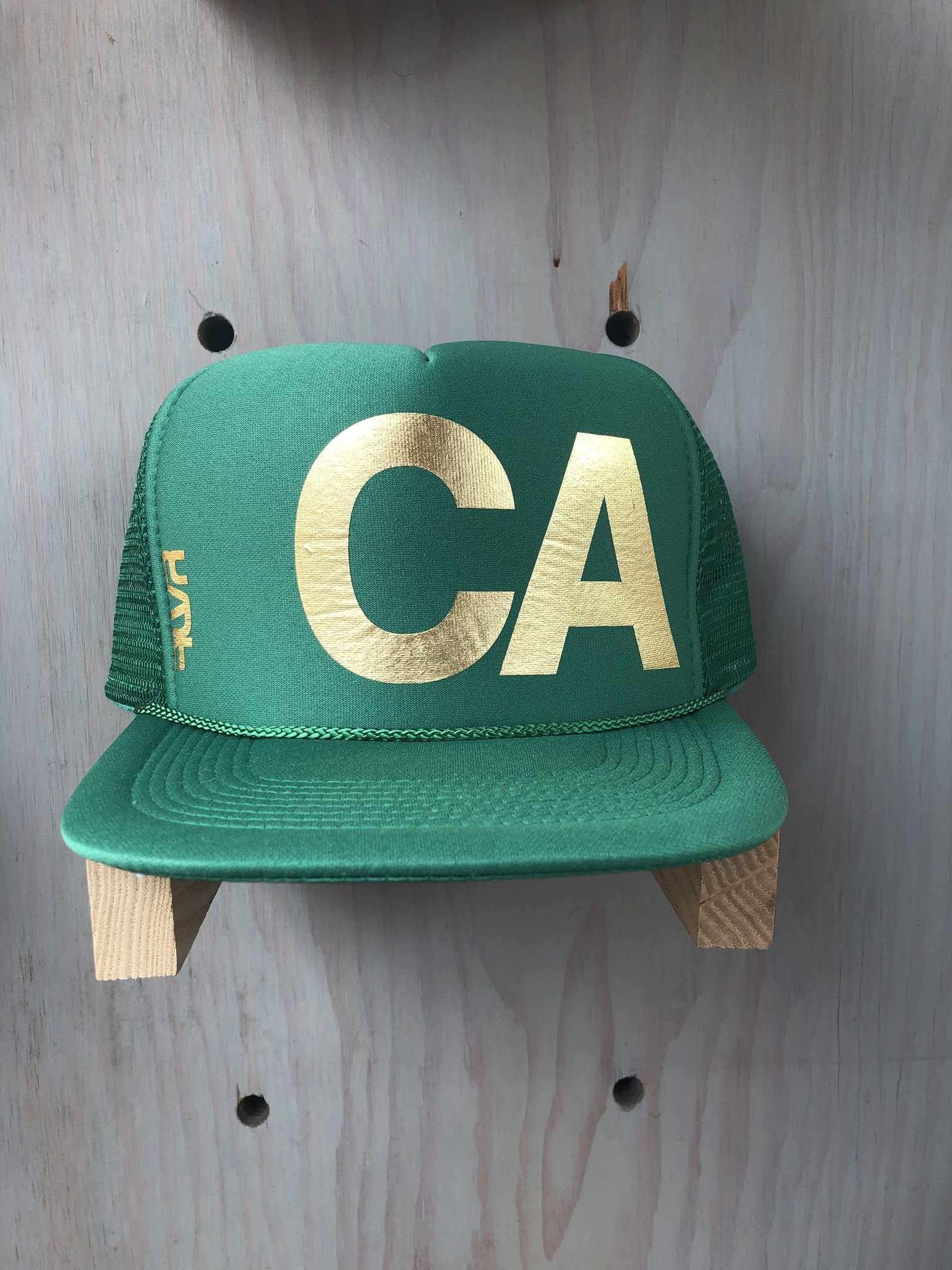 EskyFlavor CA DarkGreen/Gold Hat