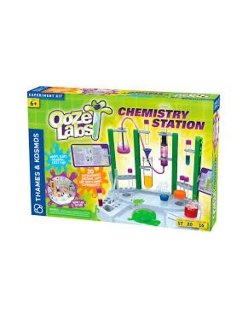 Thames and Kosmos Ooze Lab Chemistry Station