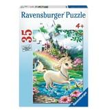 Ravensburger Unicorn Castle 35 pc