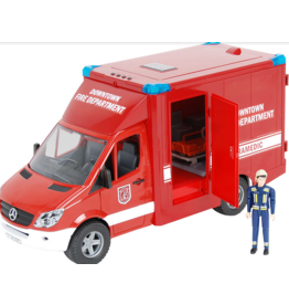 Bruder MB Sprinter Paramedic w/Driver & Access