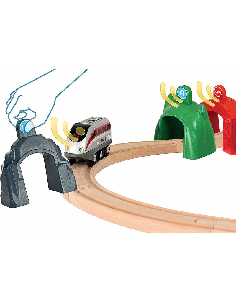Brio Smart Engine Set with Action Tunnels