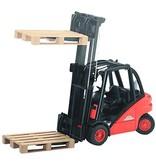 Bruder Linde H30D fork lift with pallet