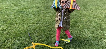 This little customer gives the Stunt Plane Stomp Rocket Two Thumbs Up!