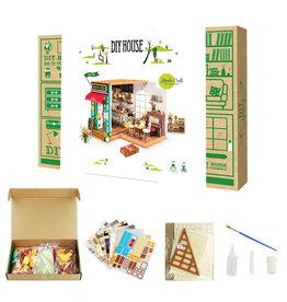 Hands Craft Simon's Coffee DIY Miniature Dollhouse Kit