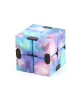 Pattern Infinity Cubes