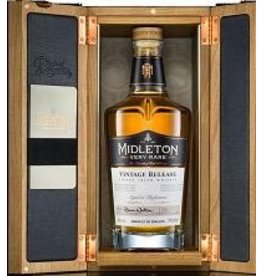 Irish Whiskey Midleton Very Rare Vintage Release Finest IRish Whiskey Bottled in 2017 750ml