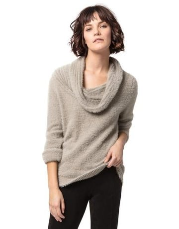 ASTARS Pearl Cozy Sweater