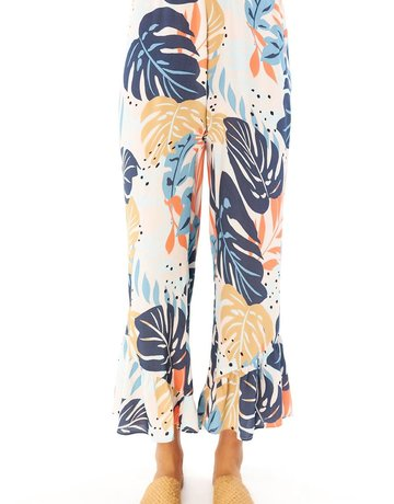 SALTWATER LUXE Pull On Ruffle Crop Pant ~Blush