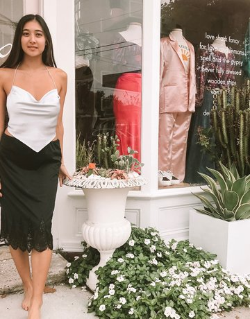 SHAKE YOUR BON BON Vintage Van Raalte Midi Skirt
