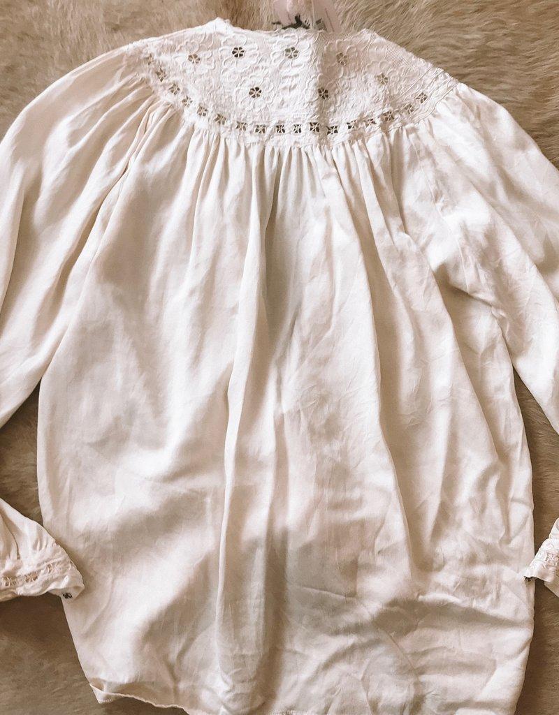 SHAKE YOUR BON BON Vintage Levante Silk Blouse
