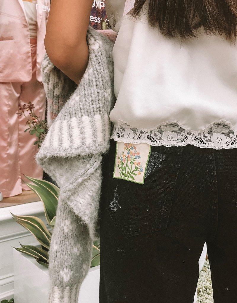 SHAKE YOUR BON BON Vintage Floral Cami w/ Pearl