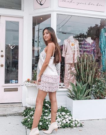 SHAKE YOUR BON BON Vintage Lace Cami