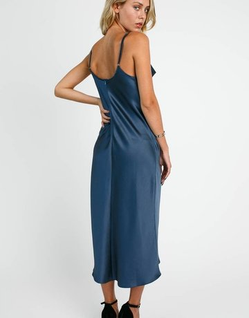 SHAKE YOUR BON BON Keep It Classy Midi Dress Navy