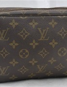 LOUIS VUITTON Monogram Trousse Toilette 23 Old Model