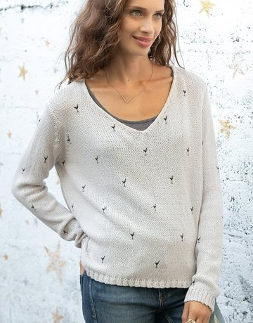 WOODEN SHIPS Mini Martinis VNeck Sweater Blush Black