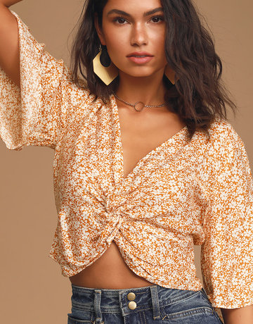 SAGE THE LABEL Wild Honey Knot Front Top - Mustard