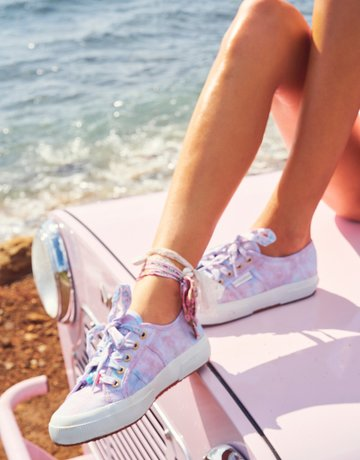 LOVESHACKFANCY Superga x LoveShackFancy Women's Classic Sneaker - Cotton Candy