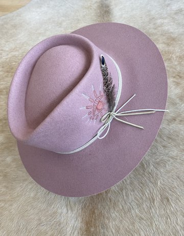 VAN PALMA The Bonnie - Pink Embroidered